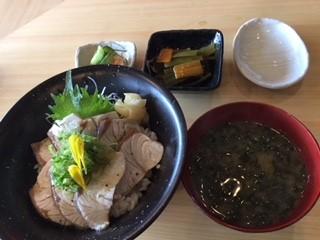 炙りカンパチ丼.JPG
